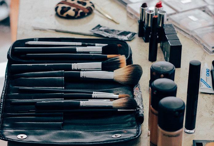 Kosmetyki do makijażu twarzy